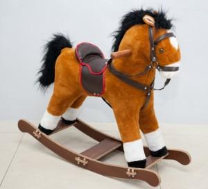 Что подарить ребенку в год Лошади